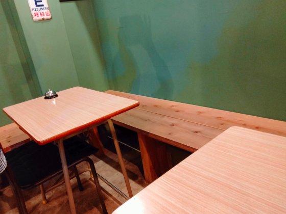 八女 ウメノ商店 昭和レトロ カフェ 机 学校 椅子 写真 画像