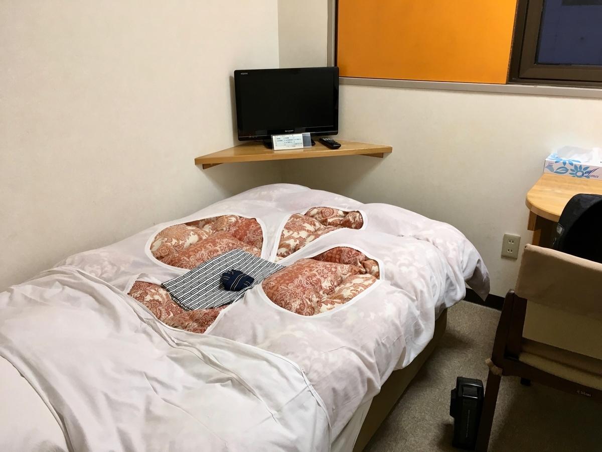 ビジネスホテル秀山荘の客室