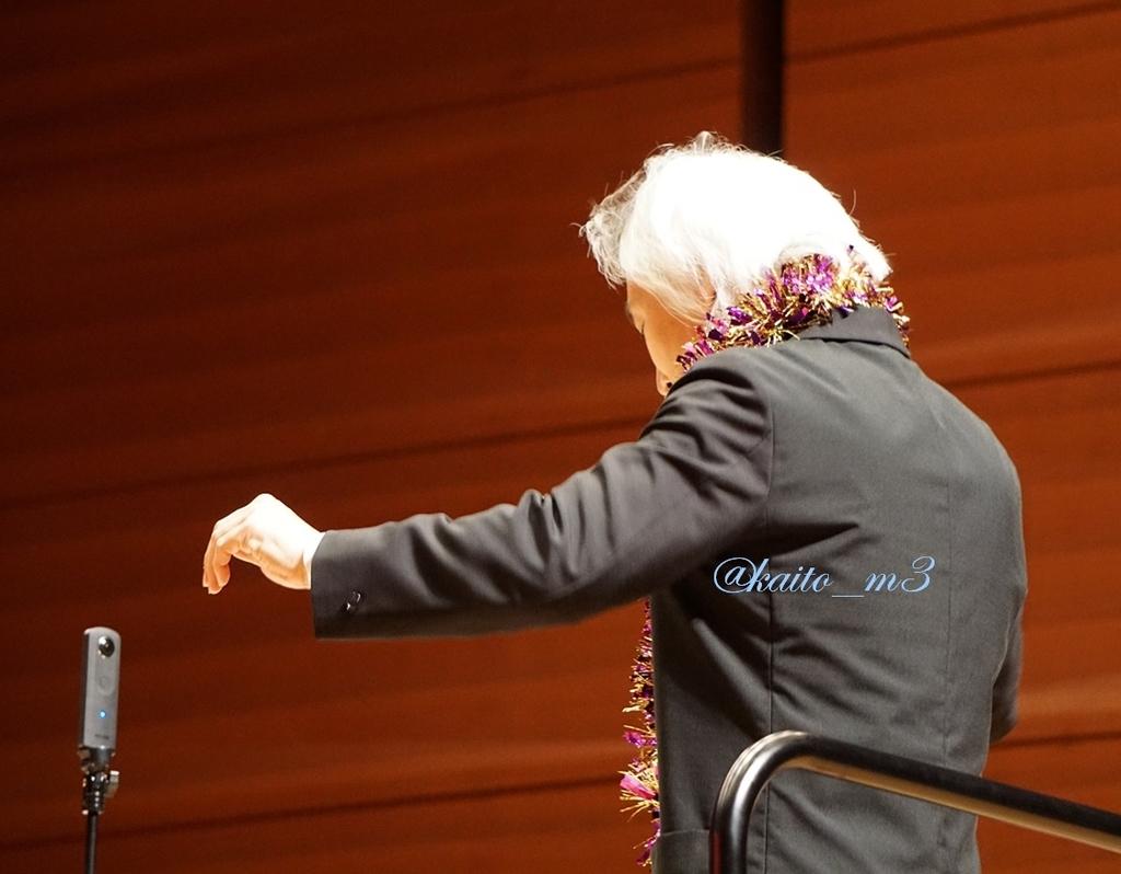 指揮者の栗田博文さん