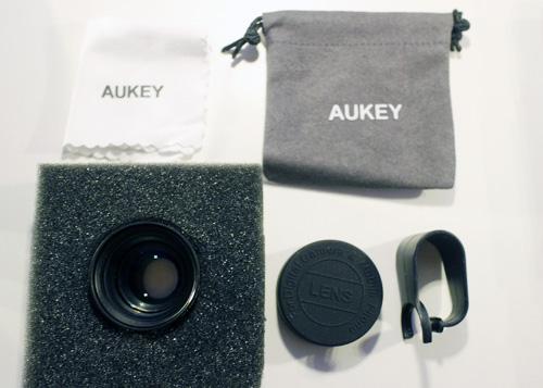 Aukeyのスマホ用レンズの同梱品一覧