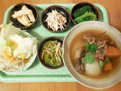 新玉葱と牛肉の食べるスープ