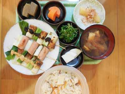 竹輪と魚肉ソーセージの葱串