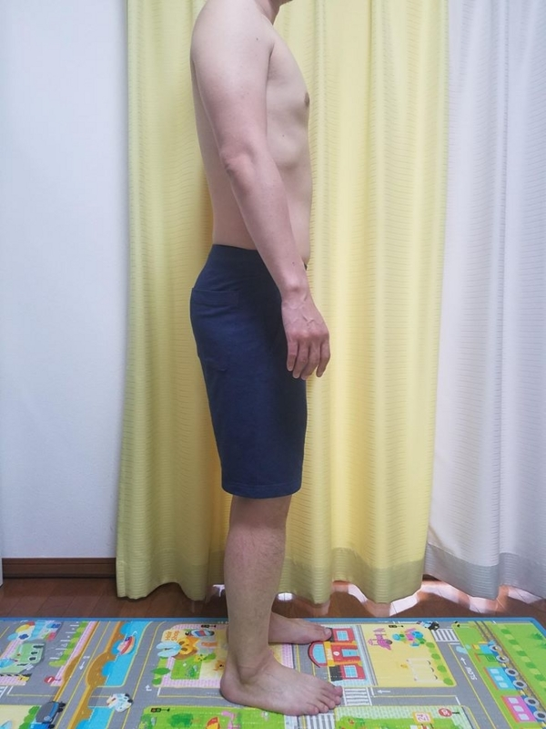 糖質制限ダイエット終了後体型変化写真11週目横