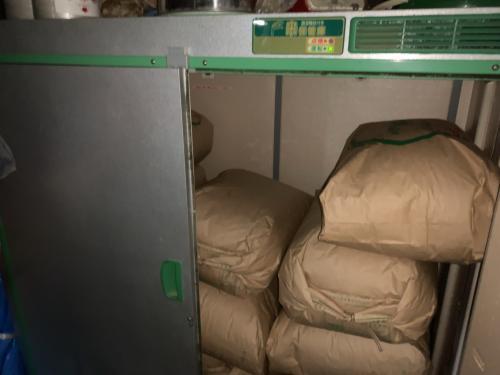 米の保存庫