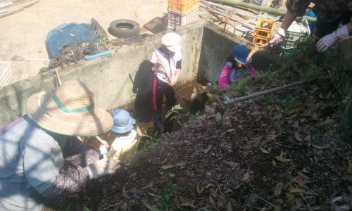 貯水槽掃除