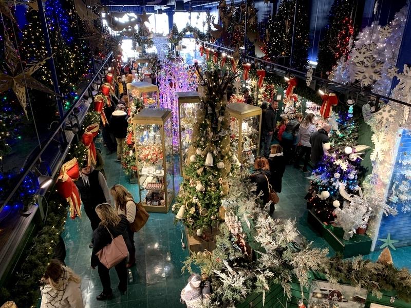 トッケビ:カナダのクリスマスショップ