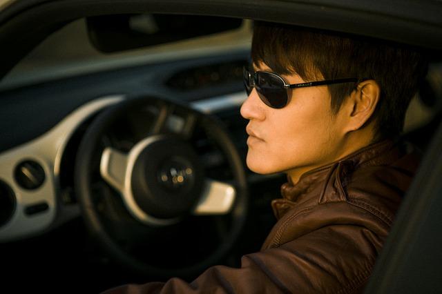 drive-516376_640