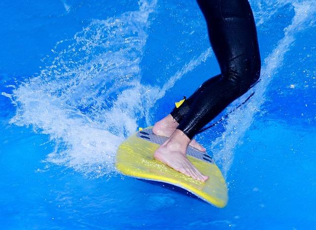 surfing-817956_640