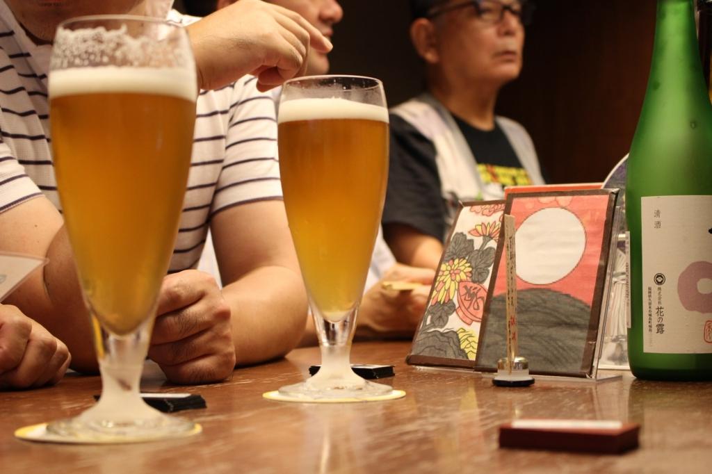 JR博多駅にある「角打ち」は会話を楽しむ大人の社交場【福岡・博多】
