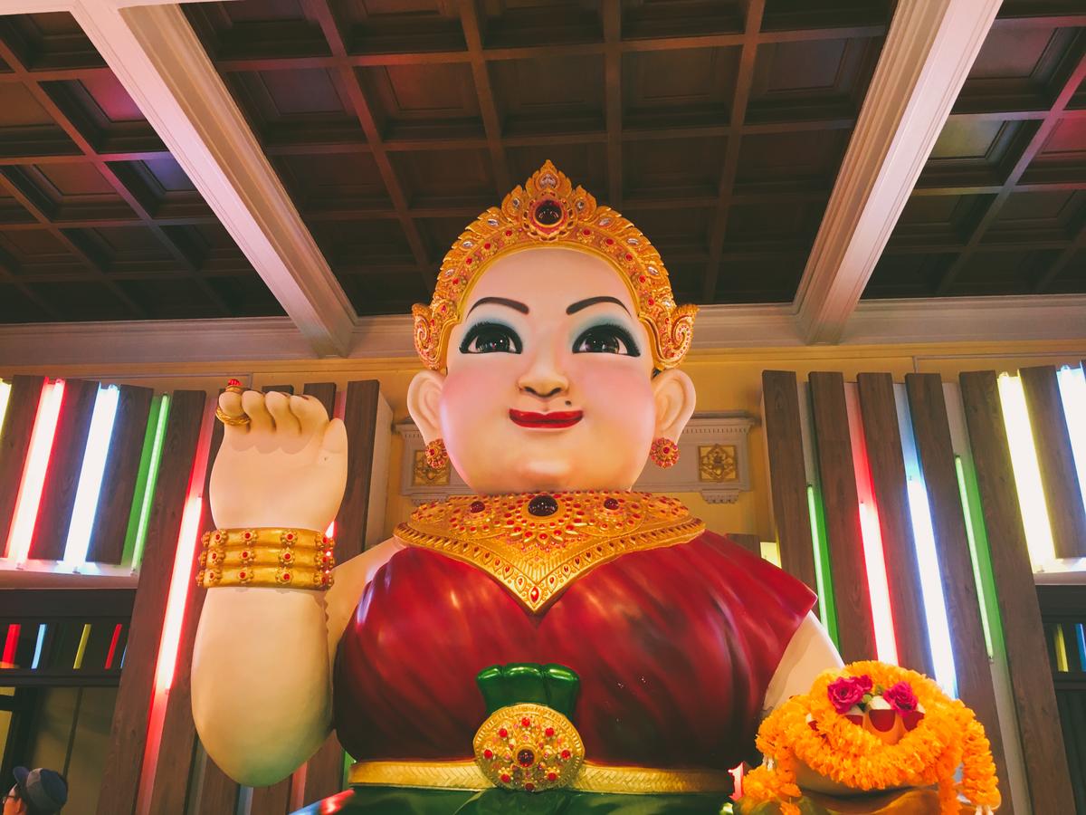 タイのおしゃれな像