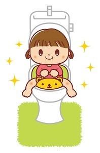 トイレトレーニングする女の子