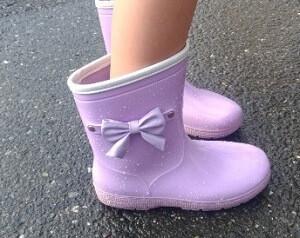 リボン付き長靴