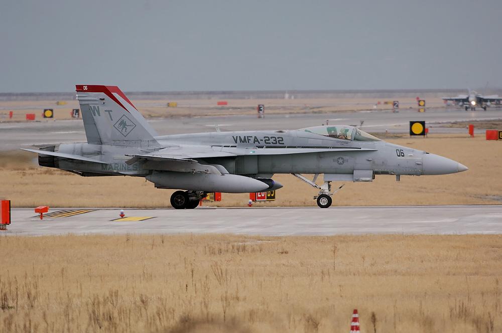 VMFA-232 F/A-18CN WT-06/165194