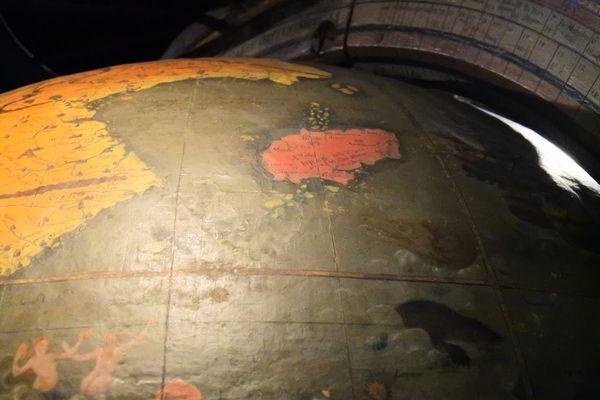 16世紀の頃の地球儀からみた日本