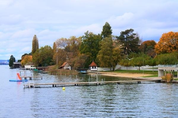 チューリッヒ湖沿いにあるウォータースライダー