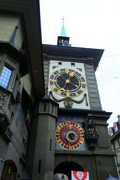 ベルンの時計台の裏