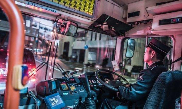 日本のバス運転手