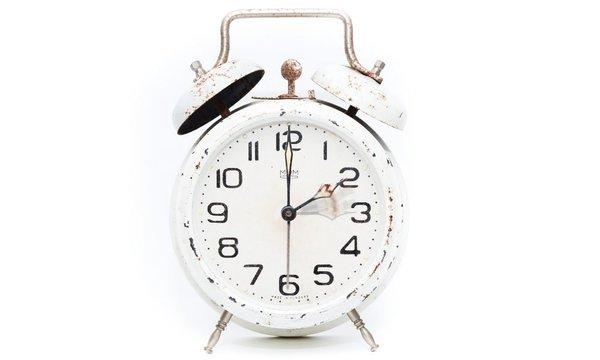 2時の目覚まし時計