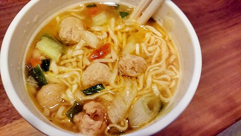 カップヌードル すっぽんスープ完成