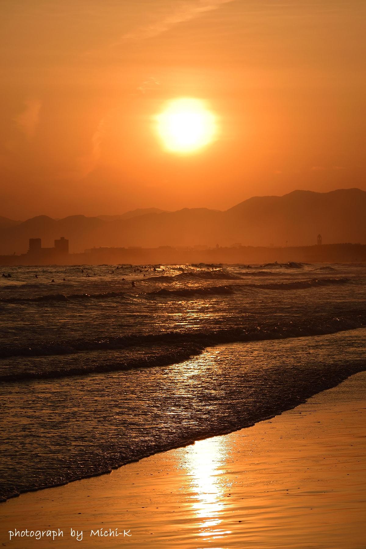江ノ島・西浜海水浴場-3、沈む夕日