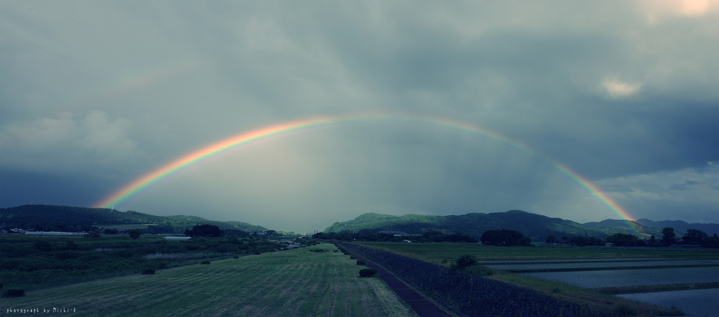 山形県遊佐町で見た虹2