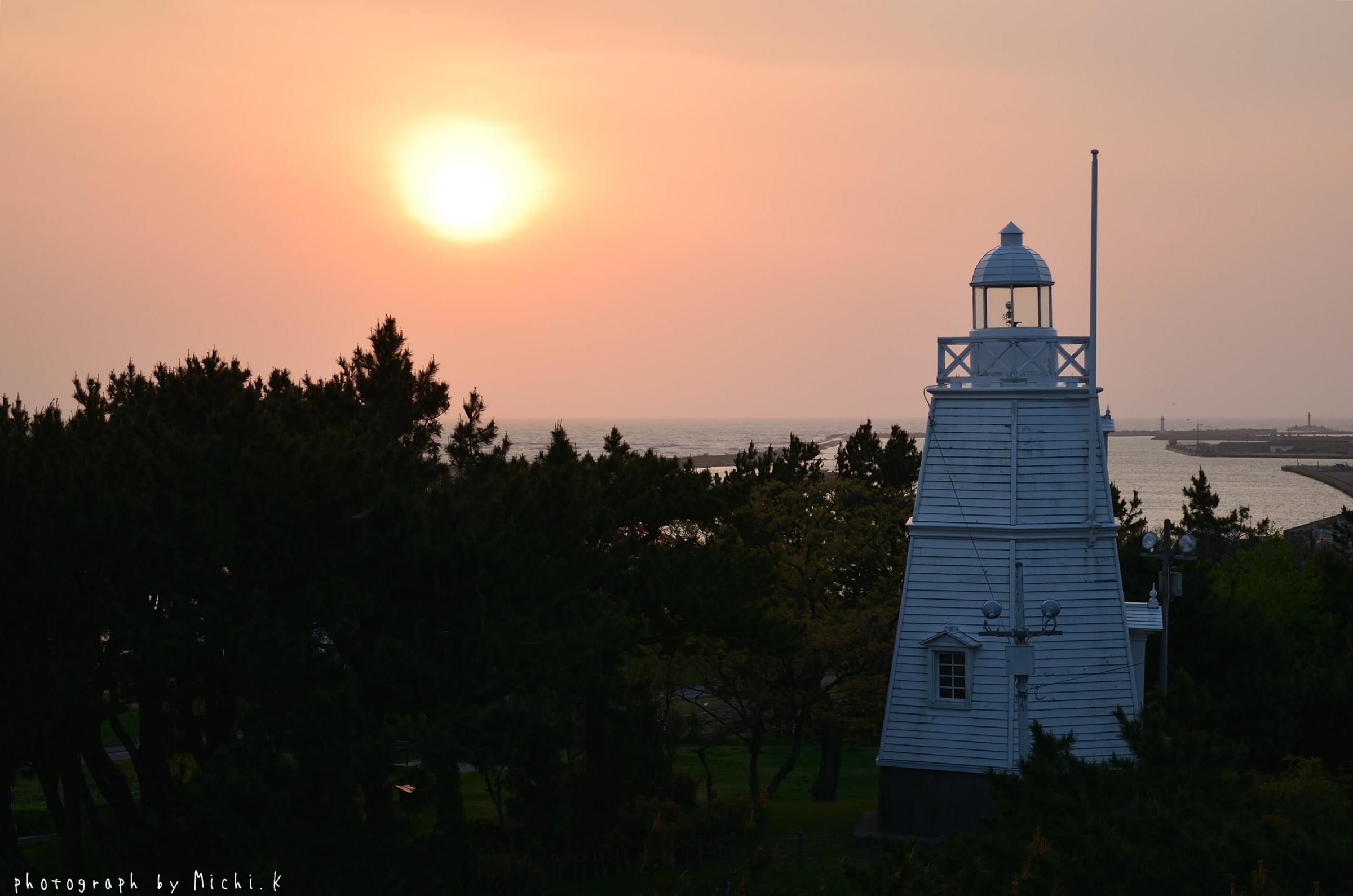酒田市、日和山六角灯台(その1)