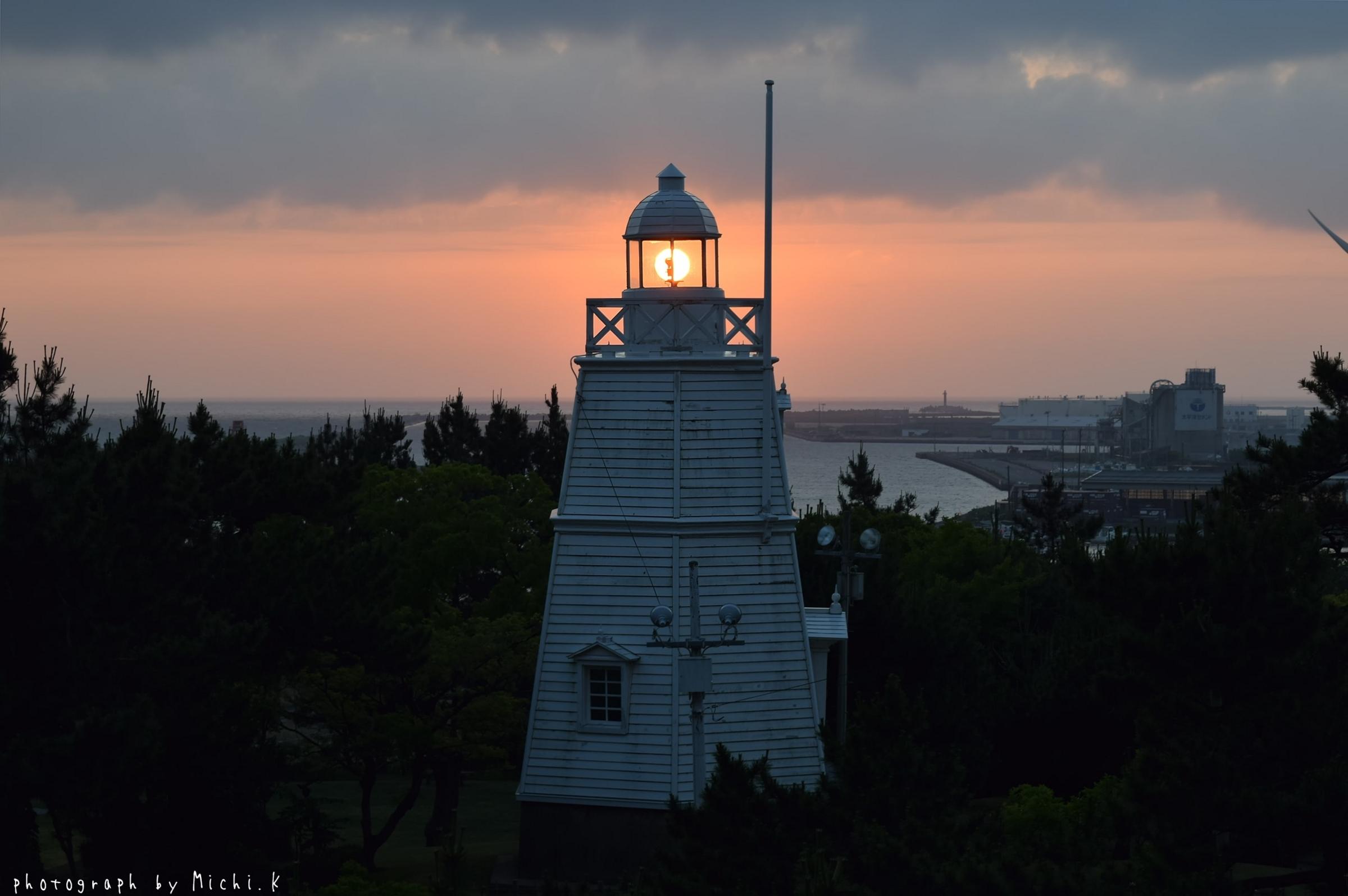 2018年夏至の日の日和山六角灯台(その3)
