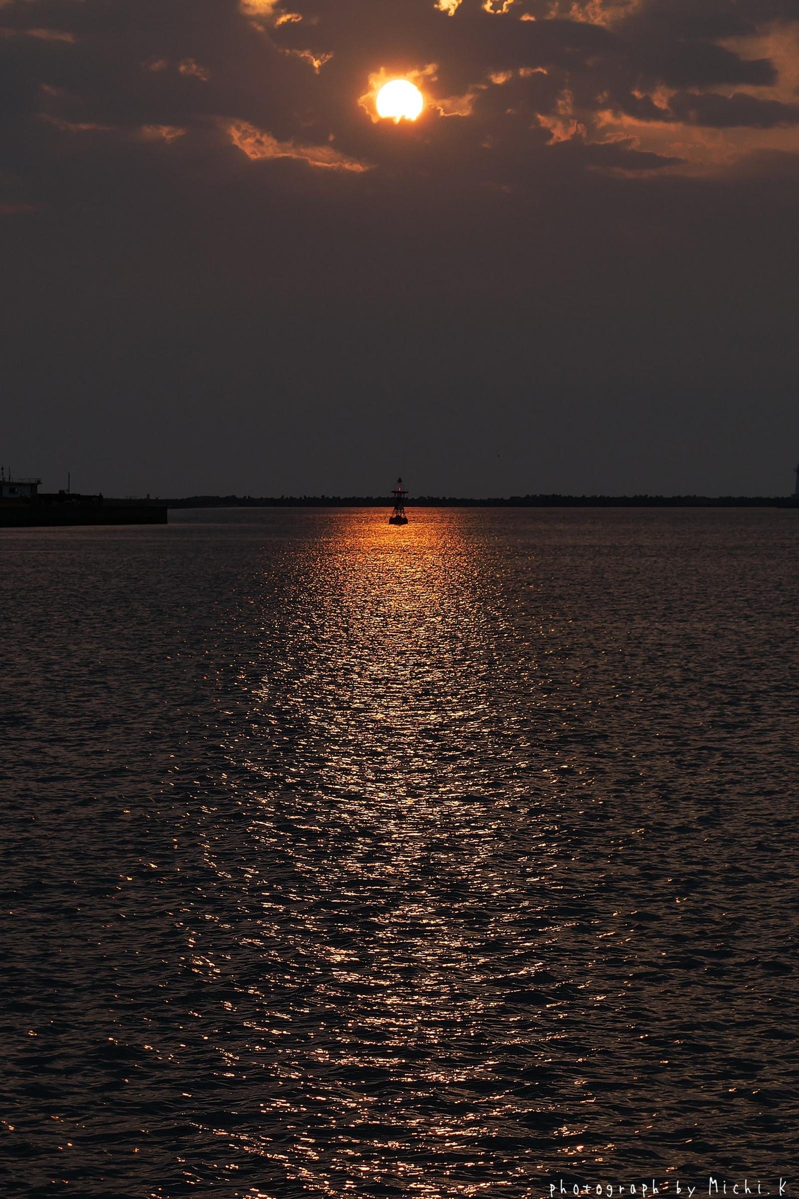 酒田港で撮った夕日