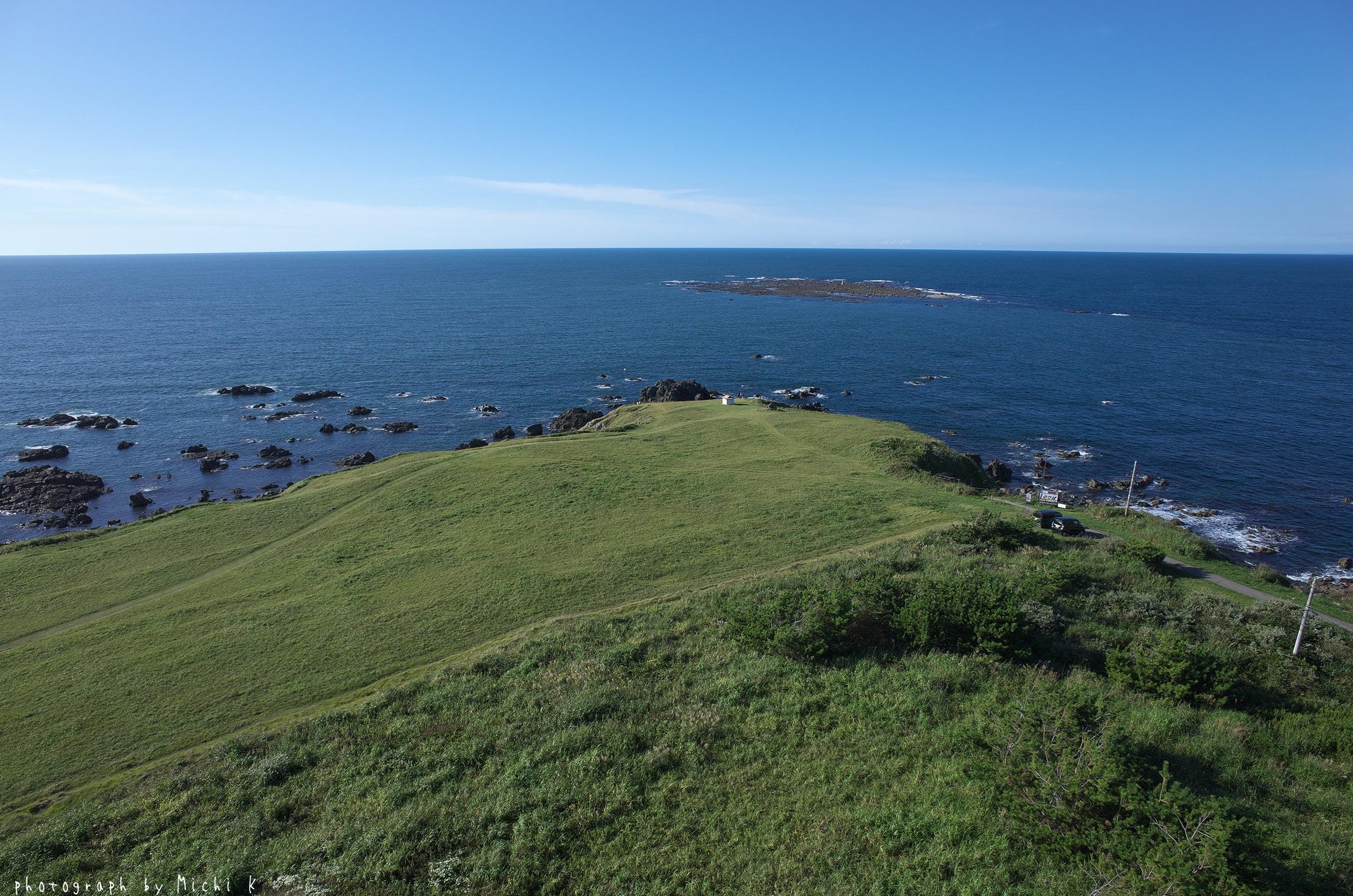 入道埼灯台展望台から海を眺めて