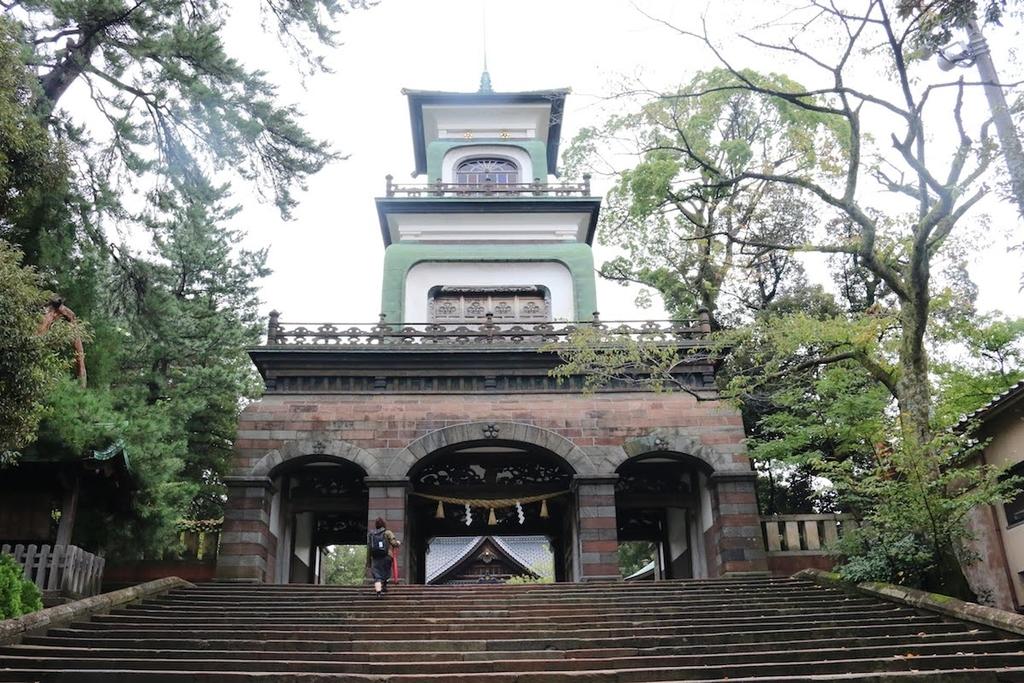 神門:漢洋の三洋式を混用した異色の門