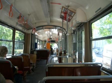 カーレンベルクへのバスの中
