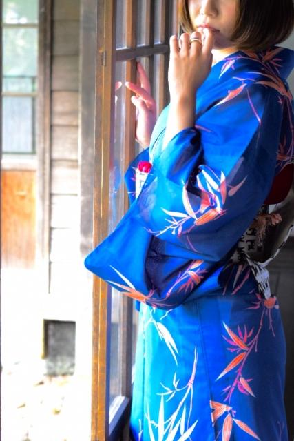 前前前世(アニメ君の名は)カバー歌う女性シンガー『SUKIKOTO』