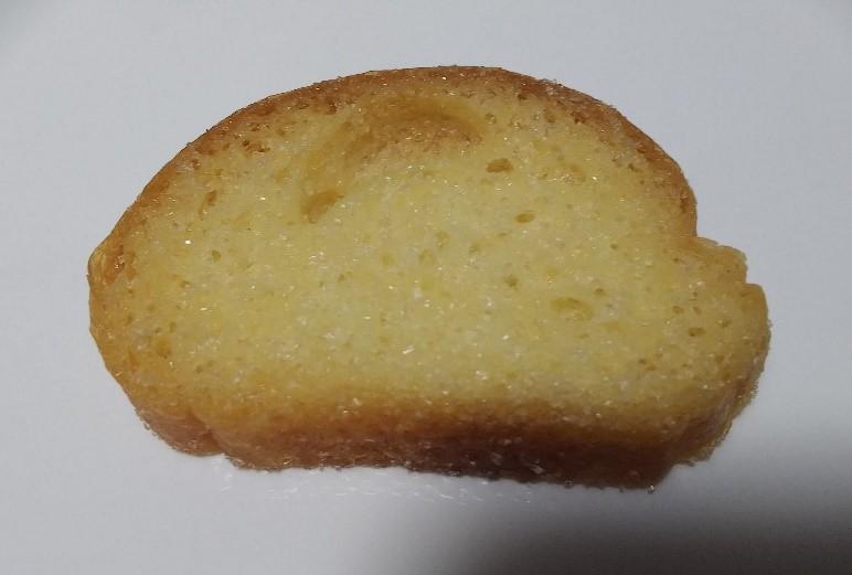 プチフレンチラスク(バター&シュガー味)の包装を開けた画像