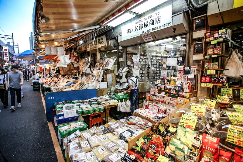 上野アメ横 大津屋商店
