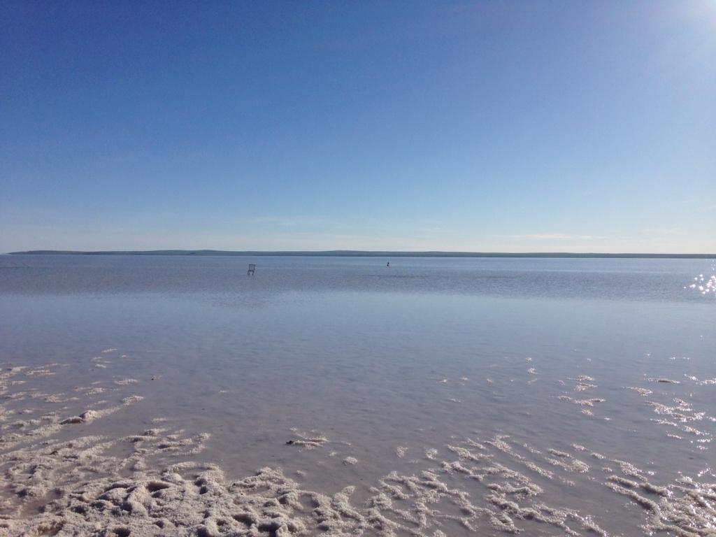トゥズ湖8