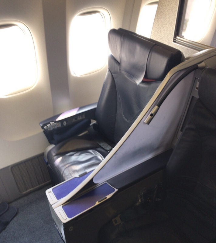 ANA国内線のプレミアムクラス座席