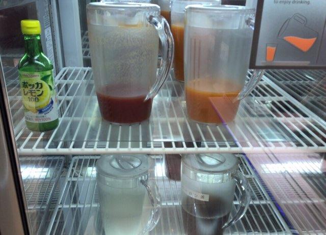国内線ANAラウンジの冷蔵庫