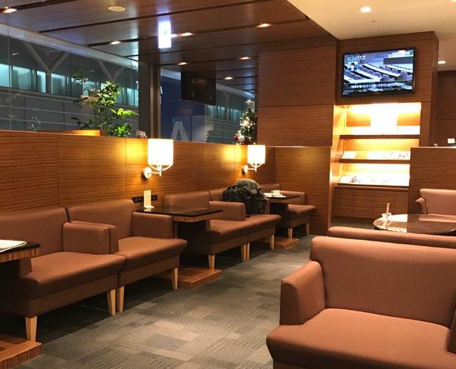 羽田空港の空港ラウンジ