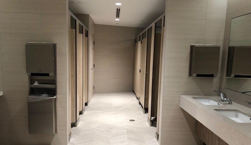 ホノルル空港のANAラウンジの女子トイレ