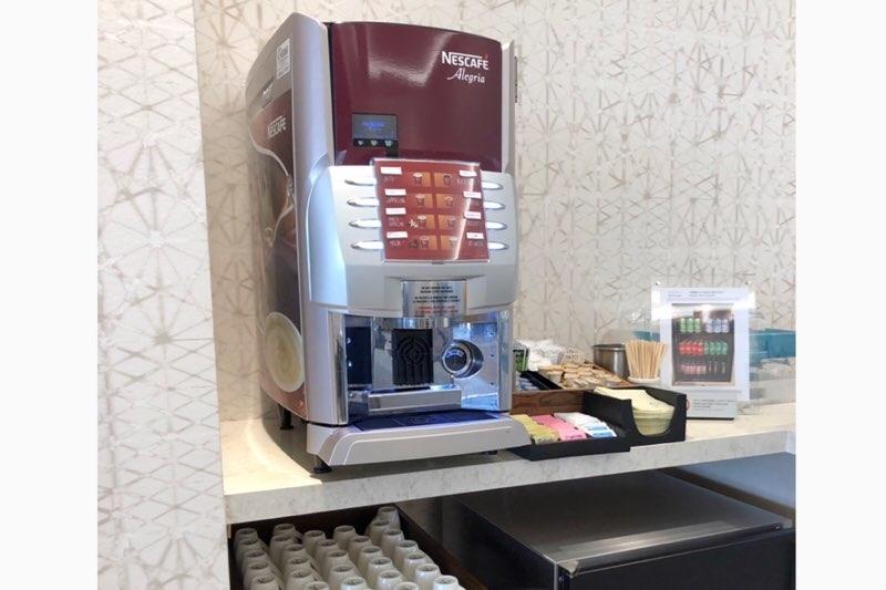 ホノルル空港のANAラウンジのカフェ類