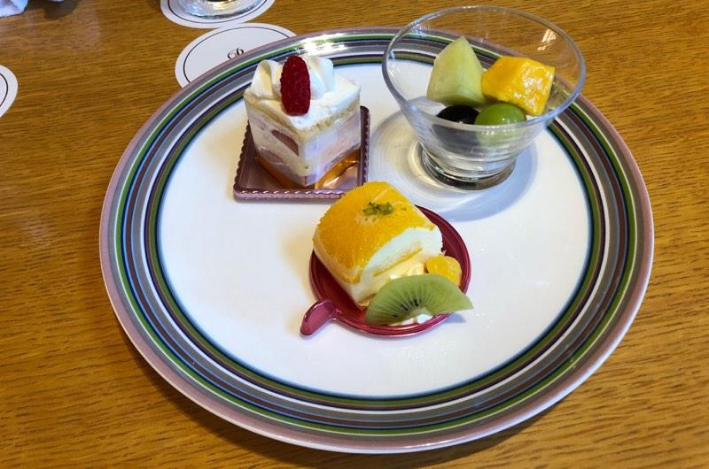 ザ・プリンス・ヴィラ軽井沢のセンターハウスラウンジの軽食