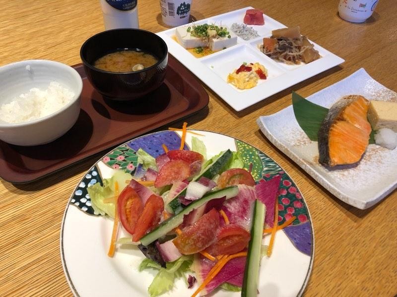 ザ・プリンス・ヴィラ軽井沢のセンターハウスで食べた和朝食