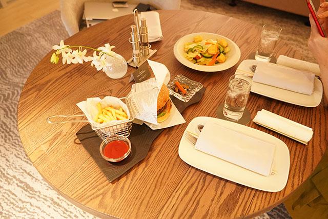 イラフSUIホテルのレストラン