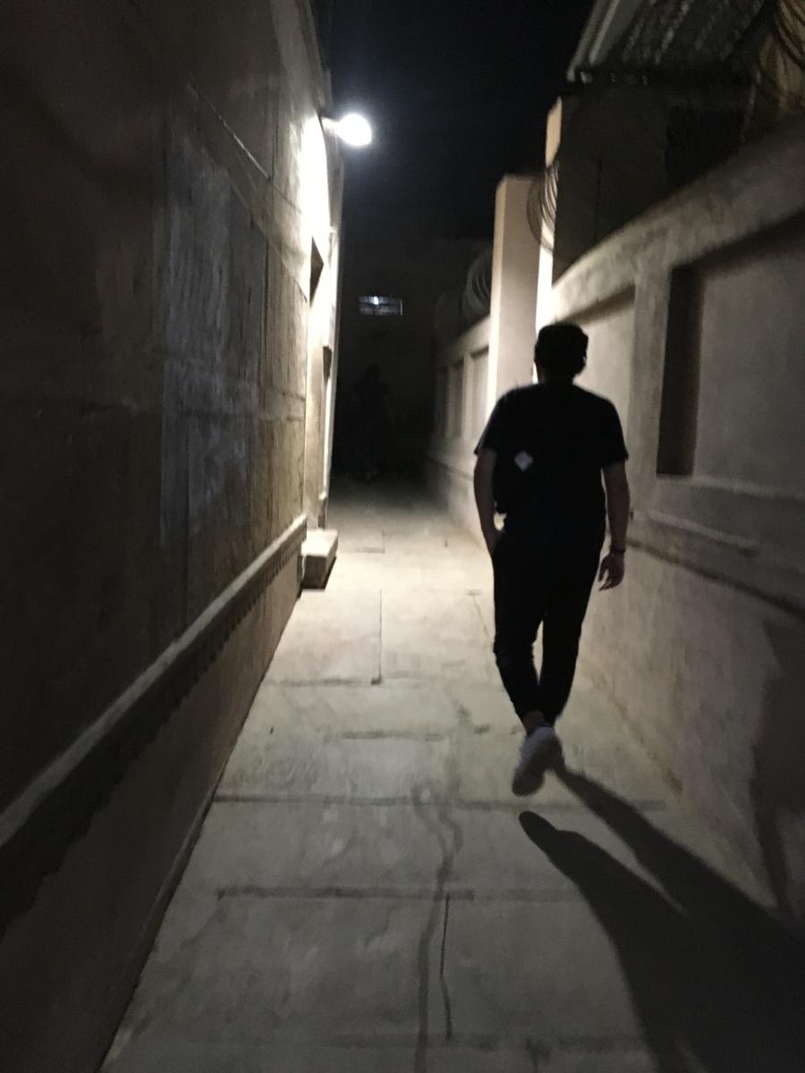 ベナレス 夜道