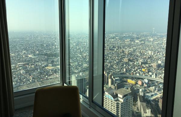 大阪マリオット都ホテルのアッパーフロアからの景色その2