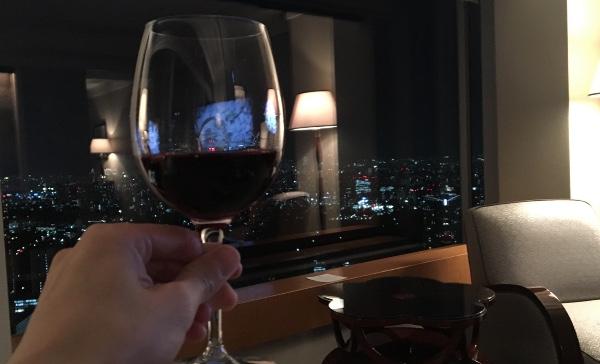 ザ・リッツ・カールトン東京のミレニアスイートでワインを飲みました