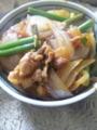 豚肉とニンニクの芽の炒め丼