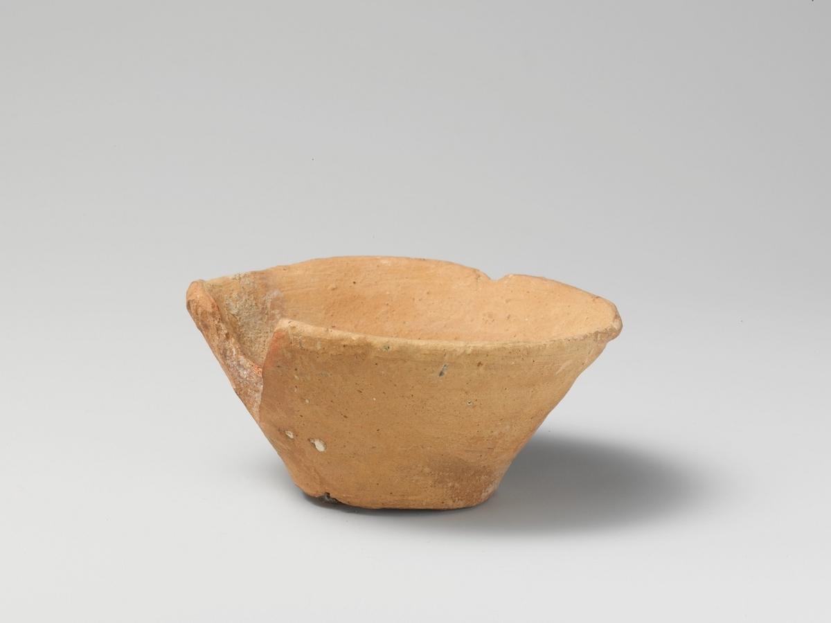 クノッソス宮殿で発見されたテラコッタの器(出典:メトロポリタン美術館パブリックドメイン)