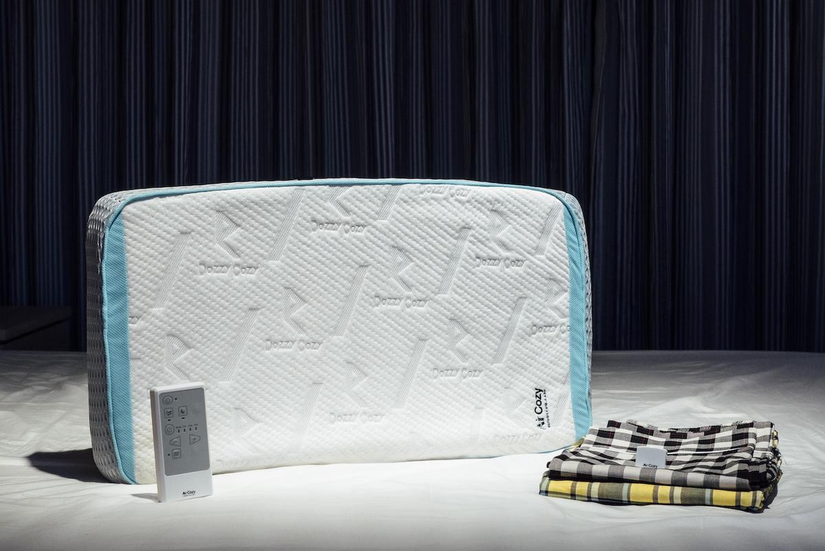 AirCozy Premium Brand New Trading 枕 睡眠 自動調整
