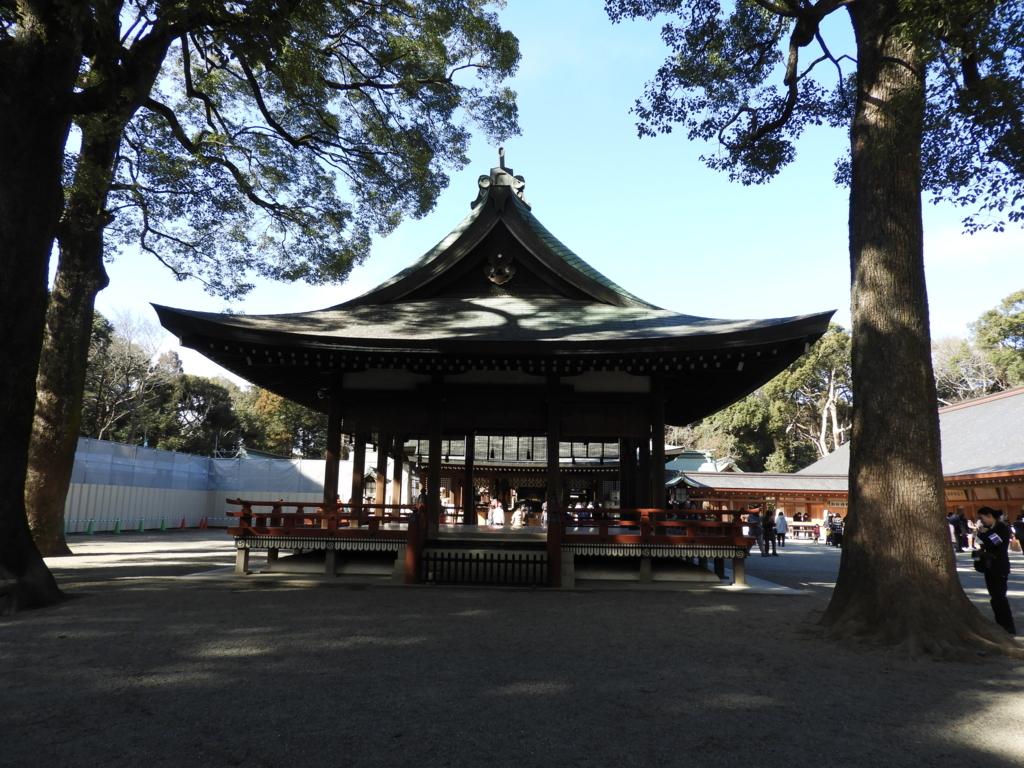 武蔵一宮氷川神社の舞殿